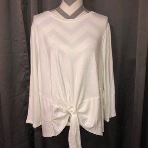 NWOT Vera Wang White long sleeved top sz XXL